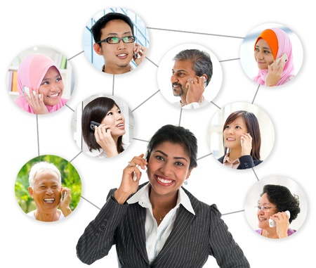 llamando: Gente hablando por teléfono, collage conexión de red de razas diversidad