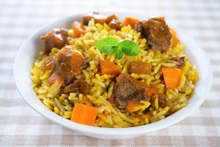 comida arabe: Árabe arroz cordero. Medio árabe comida oriental. Foto de archivo