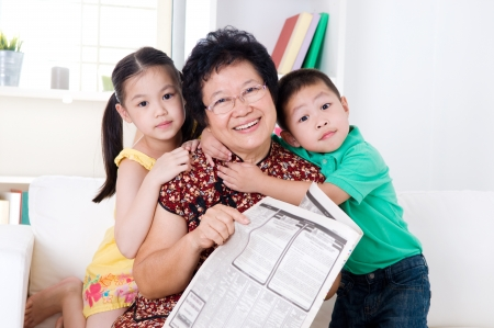 grandmother grandchild: Asian senior woman and grandchildren
