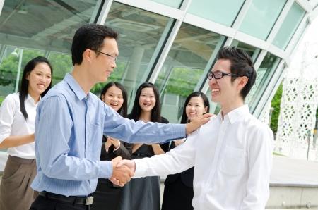 business smile: Personas asi�ticas