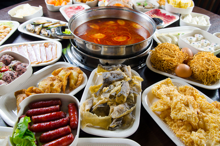 hot pot: Spicy hot pot soup with wide variety of ingredients