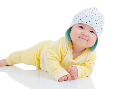 아름 다운 아시아 여자 아기의 실내 초상화