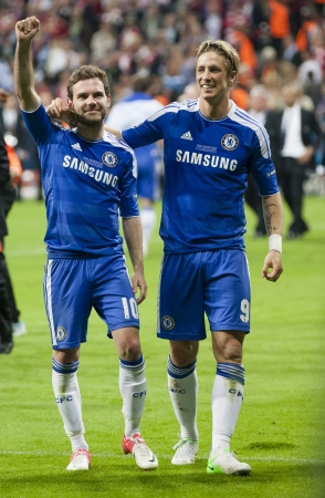 MUNICH, May 19 - Celebration of Chelseas win: Mata (L) and Torres after FC Bayern Munich vs. Chelsea FC UEFA Champions League Final game at Allianz Arena on May 19, 2012 in Munich, Germany. 報道画像