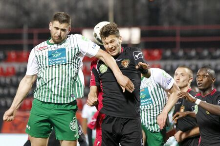 bode: BUDAPEST - APRIL 16: Air bottle between Balint Vecsei of Honved (R) and Daniel Bode of FTC during Honved vs. Ferencvaros (FTC) OTP Bank League football match at Bozsik Stadium on April 16, 2013 in Budapest, Hungary.  Editorial