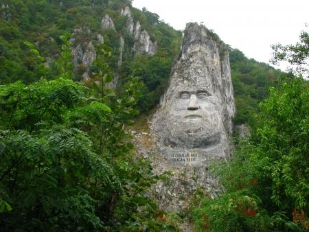 statue of decebal in romania - danube river Stok Fotoğraf