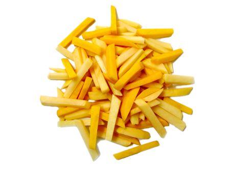 papas fritas: Crudo franc�s fritas aislados sobre fondo blanco  Foto de archivo