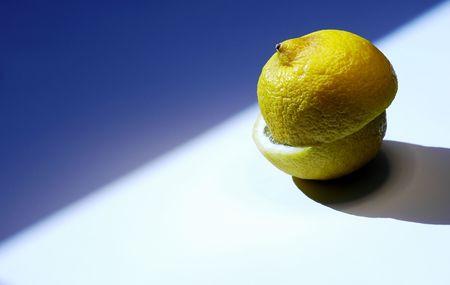 colorfully: Fresh lemon