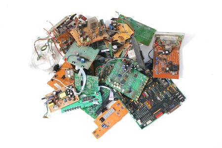 Ein Stapel von Elektronikschrott