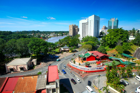 Widok z lotu ptaka miasta Kuching w Sarawak Malezji Publikacyjne