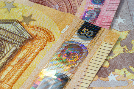 euro banknotes with security features
