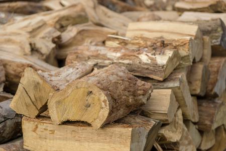 stack of dry firewood Zdjęcie Seryjne
