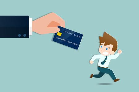Geschäftsleute rennen weg und erschrecken die großen Hände, die eine Kreditkarte halten, um ihm Schulden zu machen. Geschäftsleute haben Angst, dass sie bei der Auslegung des wirtschaftlichen Konzepts haften.