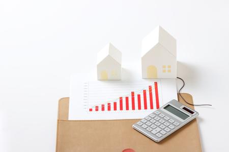 model of house on white background Standard-Bild