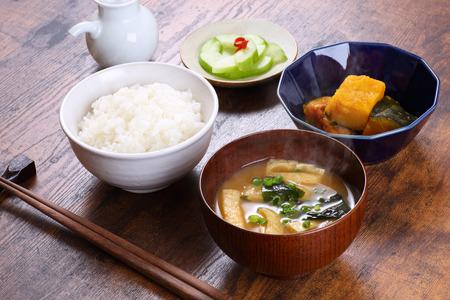 japanese food on wooden table Foto de archivo