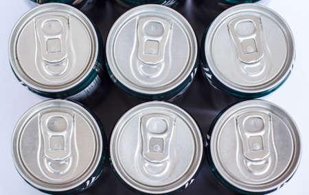 reciclable: Reciclable impreso en tapas de lata en lata tapa
