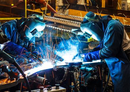 workers: Trabajador con la m�scara protectora soldadura de metales