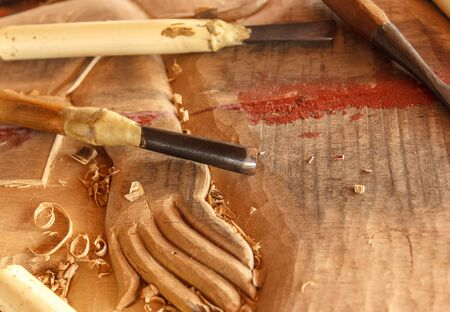 carver: The tools of the wood carver