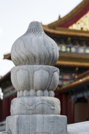 Crafted Pillar in front of temple within forbidden city of China  版權商用圖片
