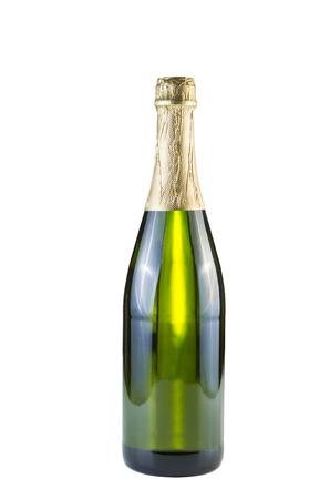 white wine bottle: Foto vertical de la botella de vino blanco, sin abrir, aislados en blanco
