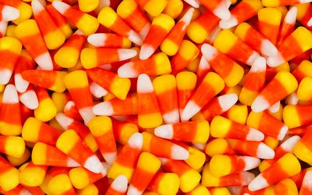할로윈 휴가를위한 사탕 옥수수 완벽한 프레임을 가득합니다. 스톡 콘텐츠 - 45935082