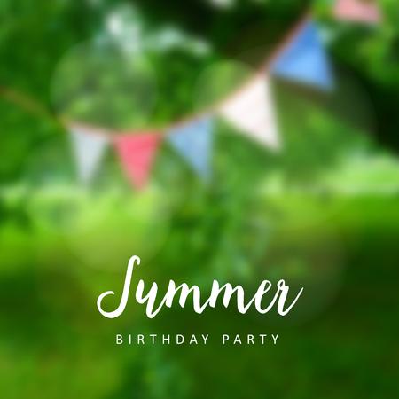 bandera: Cumpleaños fiesta en el jardín. Parte junio brasileña. Junina Festa. la decoración del partido, banderas. fondo borroso moderna. Ilustración del vector.