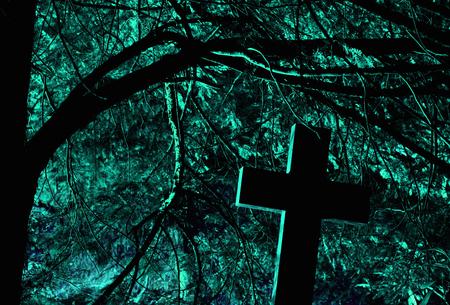toter baum: Friedhof in der Nacht Lizenzfreie Bilder