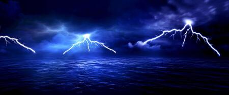 sea storm lightning ocean wallpaper background Banque d'images