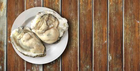 wood table: oyster on wood table illustration
