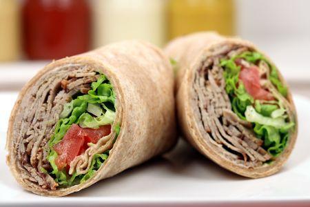 プライムの有機食材を使った新鮮なサンドイッチ ラップ