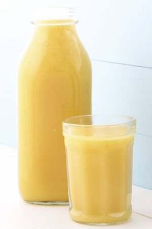 bitter orange: Fresh squeezed orange juice made by extraction from the most sweet and delicious fresh fruit