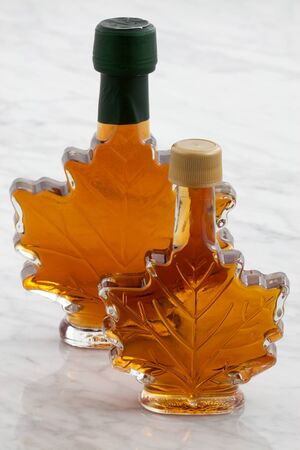 maple syrup: natural organic delicious maple syrup with a sweet delicate taste