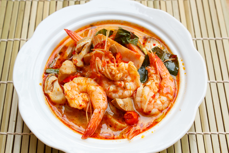 goong: Tom Yum Goong, spicy soup with shrimp - thai Cuisine.