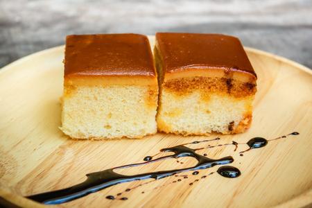 treacle: Caramel custard cake, Custard chiffon cake.