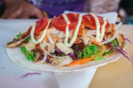ner: Turkish chicken doner kebab, street food in Thailand.