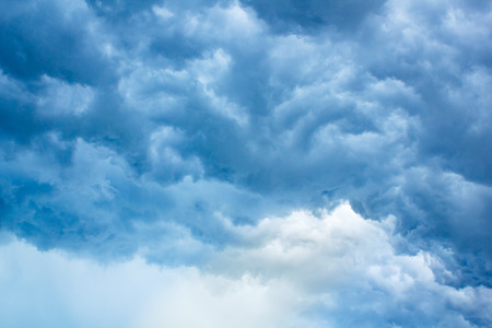clouds in the blue sky is very beautiful.