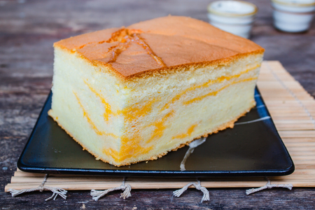 Popular Taiwanese styled sponge cake, Taiwanese fluffy egg sponge cake for breakfast. 免版税图像