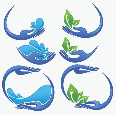 plantes aquatiques: propres mains des femmes, de l'eau fra�che et les feuilles vertes