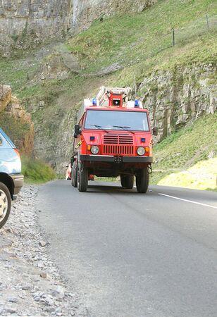 camion pompier: feu de camion hors route Banque d'images