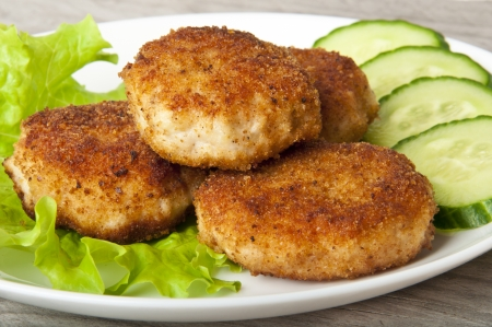 chicken burger: Roasted meatball with vegetables