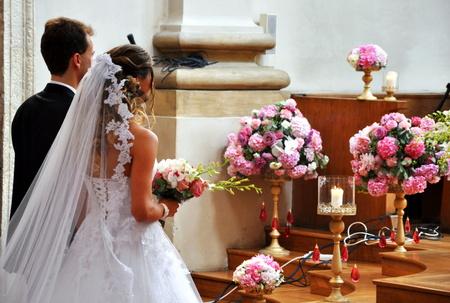 church flower: bel matrimonio in chiesa grande