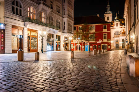 15.4.2020, Prague, Czech Republic: Empty night Prague without people during pandemic covid-19. No people in city centre, fear of coronavirus 報道画像