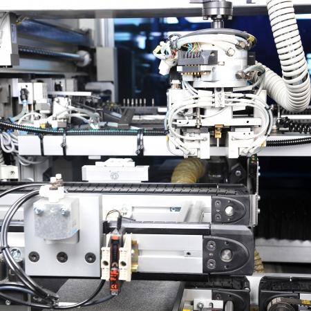 herramientas de mec�nica: modelo moderno de maquinaria industrial. dentro de la vista en los detalles