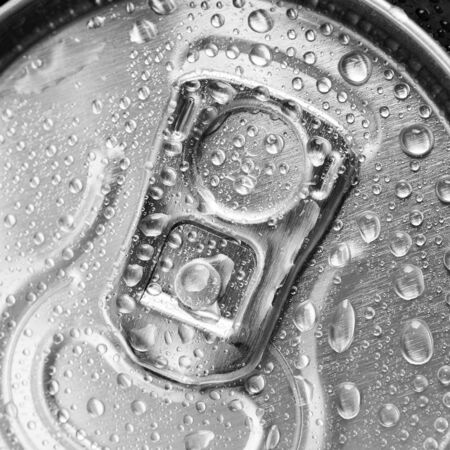 aluminium can: wet aluminium can with drink, close-up of top