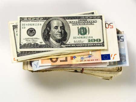 alliances: Paper money