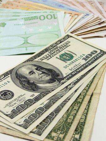 iniciativas: Documento de dinero