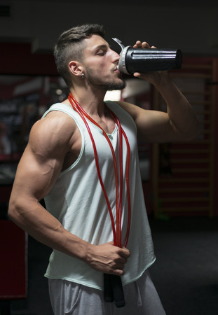 steroids: Young athlete bodybuilder using steroids for increasing lean masse