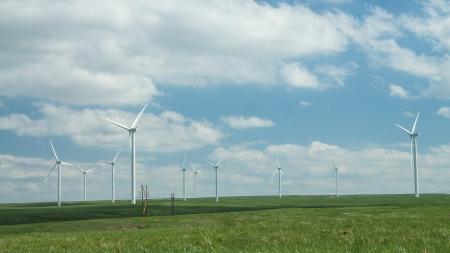 windfarm: Windfarm in a green prairie against a blue sky
