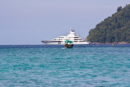 Cruise at Surin Island photo