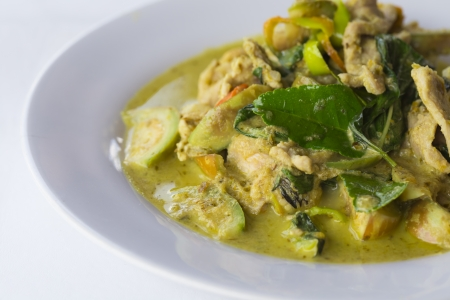 Thai green curry with chicken Stock Photo - 19632553