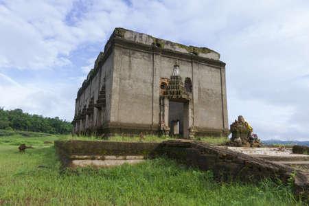 wiwekaram: Wang Wiwekaram underwater Buddhist temple in Thailand
